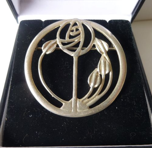 Carrick Jewellery Ltd siver Mackintosh style round rose brooch