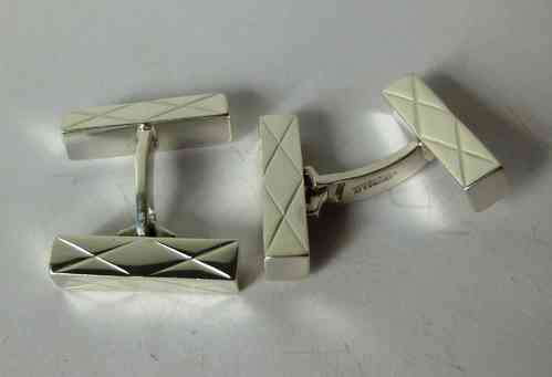 A&K double diamond bar cufflinks