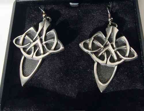 Ortak Skara Brae pewter earrings w/box