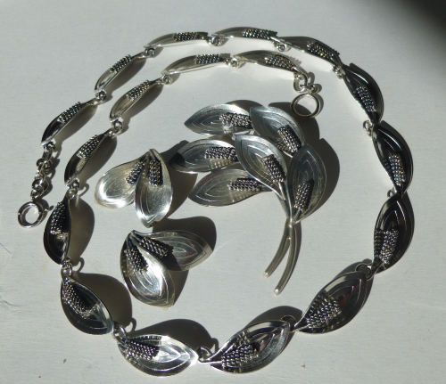 A&K Sterling foliage necklace, brooch and ear clips