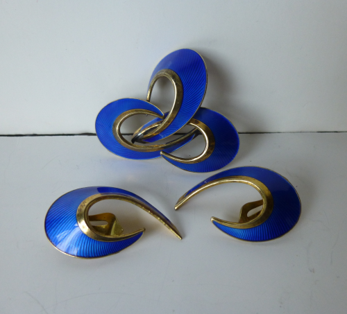 Hroar Prydz blue enamel brooch & ear clips