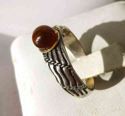 Sandek Sterling silver ring with amber ball. size P-Q