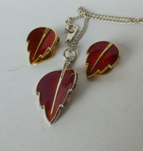 Jemax red enamel leaf pendant & ear clips