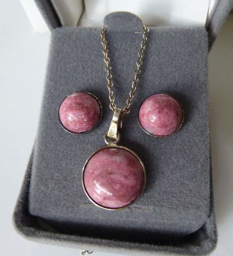 Norway Sterling Thulite pendant and ear studs