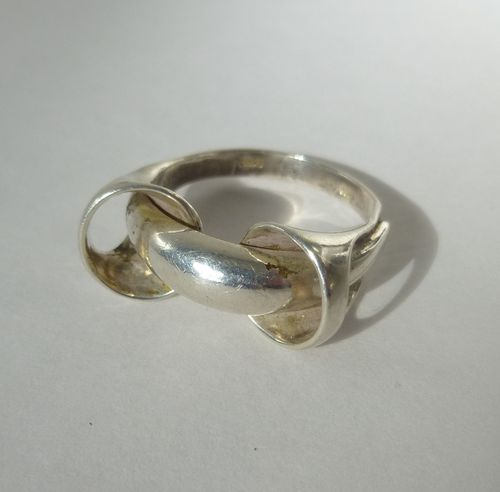 Corona Sterling trumpet ring, size  P/ 7.75/ 56