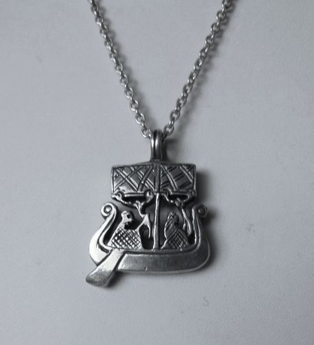Magnussen Sterling silver Viking ship pendant + chain