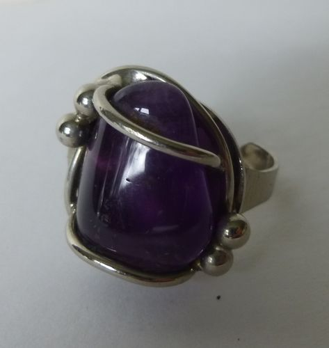 Chromica ring  with dark amethyst, adjustable size