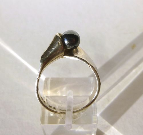 Bernhard Hertz Sterling silver ring with hematite ball, size P, 7.75, 56