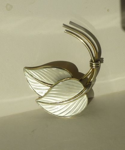 H Myhre white enamel double leaf brooch
