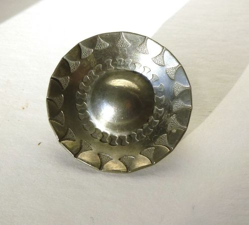 Tinsmedene Denmark pewter shield brooch