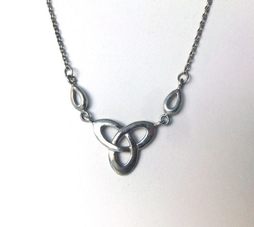 Kit Heath Sterling silver Trefoil Trinity necklace