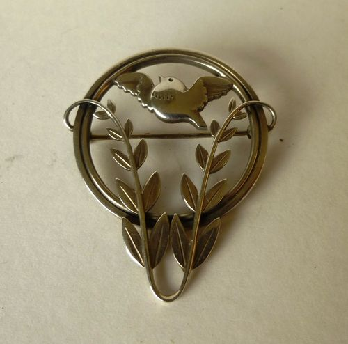Georg Jensen Malinowski Sterling silver bird brooch, no. 258