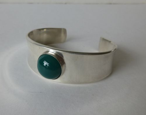 Georg Jensen green agate bangle no.188 by Poul Hansen