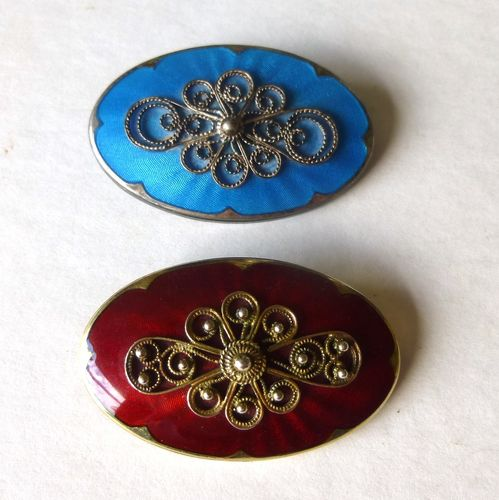 Ivar Holth Norway red silver filigree enamel brooch