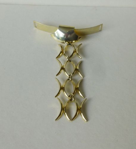N.E.From Sterling silver-gilt 'tie'