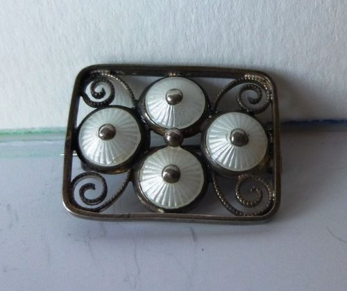 Aksel Holmsen early white enamel brooch