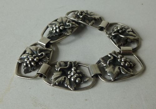 Scandia silver grapes bracelet