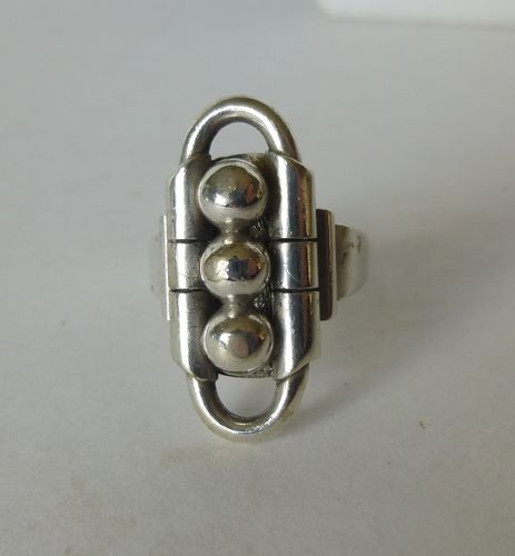 Kurt Dehli silver Deco ring with balls, N