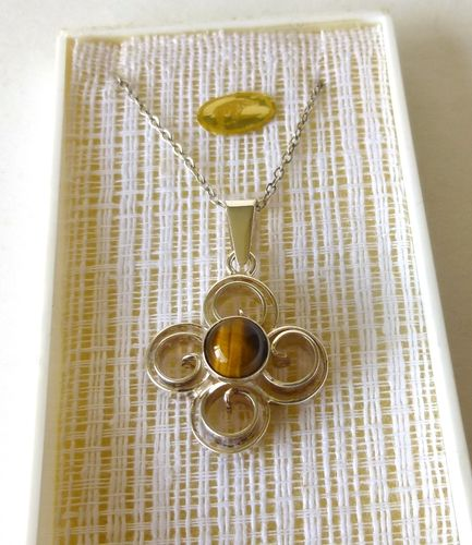 Salovaara Sterling tiger eye pendant
